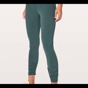 Pants - Lululemon Play off the Pleats Leggings size 4